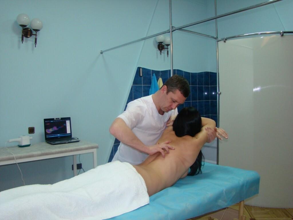 Мануальная терапия позвоночника кому помогло