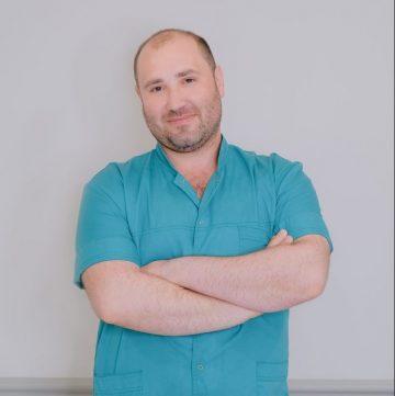 Белинский Виталий Борисович -массажист
